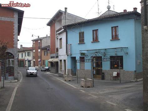 terme in provincia di pavia uno scorcio centro storico di miradolo terme