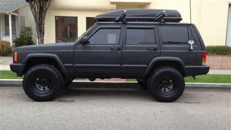 jeep spray in bedliner roll on or spray on bedliner page 3 jeep forum