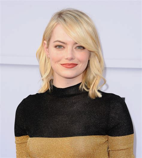 emma stone blonde hair emma stone debuts platinum blonde extensions hair