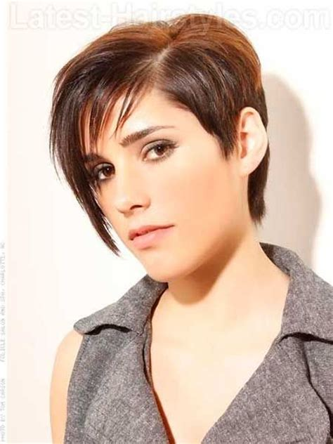 pixie hair cut with out bang 54 best images about short hair for my round face on pinterest