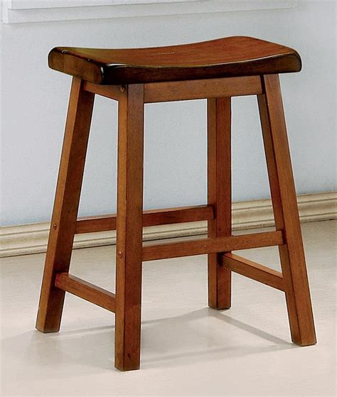honey oak bar stools set of 2 honey oak finish wooden scoop bar stool in 2