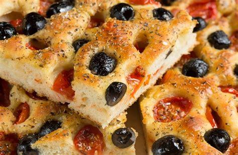cucina pugliese piatti tipici ricette cucina pugliese tradizioni ed eccellenze agrodolce
