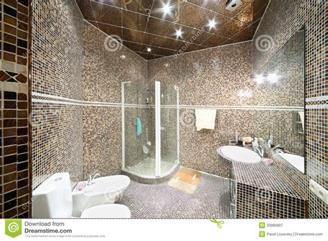 bidet z prysznicem small bathroom with shower unit stock image image 33985807
