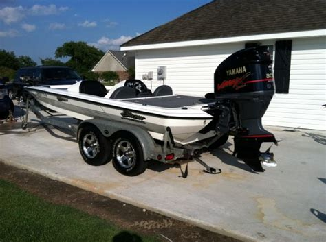 boat dealers houma la 2002 blazer bass boat for sale in houma louisiana
