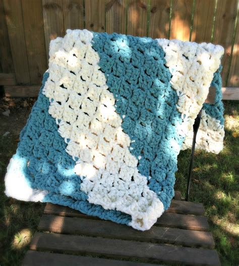 pattern and yarn free pattern quick and easy baby blanket easy baby