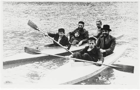 jew canoes a group of religious jews goes on a kayaking excursion