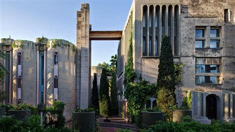 Home Interior Arches Design Pictures by Architect Ricardo Bofill S Abandoned Cement Factory