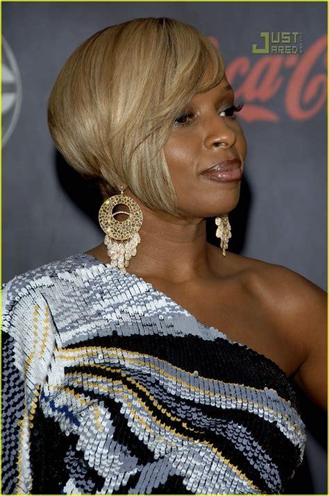 2007 American Awards J Blige by J Blige 2007 American Awards Photo 744321