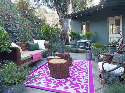 outdoor living spaces on a budget our favorite designer outdoor rooms outdoor spaces