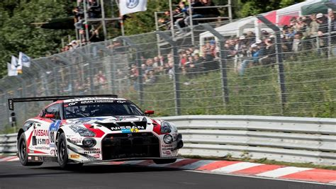 nissan hours nissan gt r nismo gt3 at 2014 nurburgring 24 hours drive