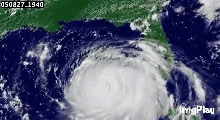 imagenes satellite del hurricane katrina mexico image gif find share on giphy