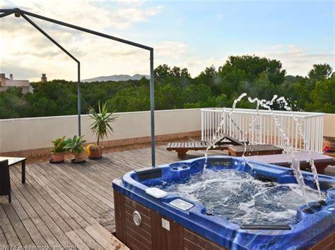 whirlpool dach ferienwohnung lacome cala ratjada und der osten firma