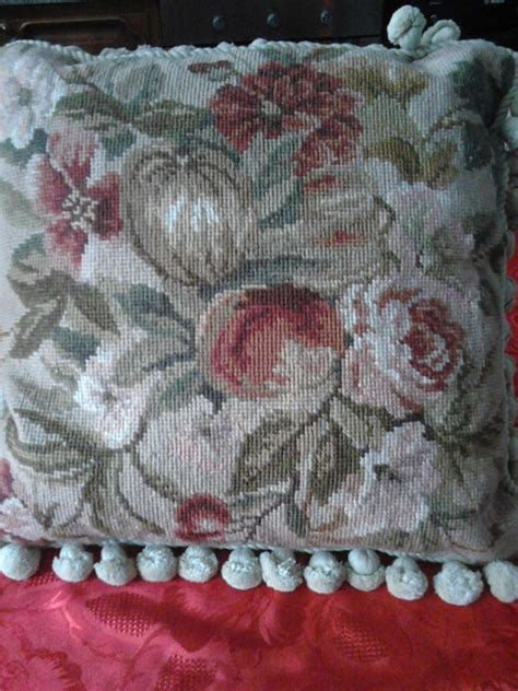 cuscini mezzo punto cuscino ricamato a mano a mezzo punto quot quot catawiki