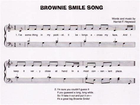 my brownie smile house of hawthornes