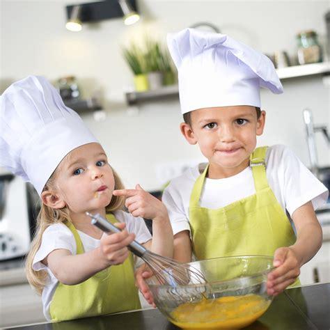 enfant qui cuisine bon le 1er salon gastronomique pour enfants magazine