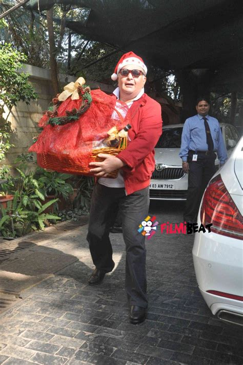photos shashi kapoor hosts annual christmas lunch