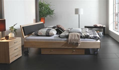 Teppichboden Für Schlafzimmer 2638 by Schlafzimmer Rot Schwarz Holz