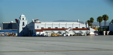 where is hangar 1 los angeles international airport