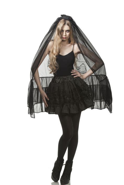 vestiti di carnevale facili da fare in casa idee per costumi horror facili da realizzare www stile it