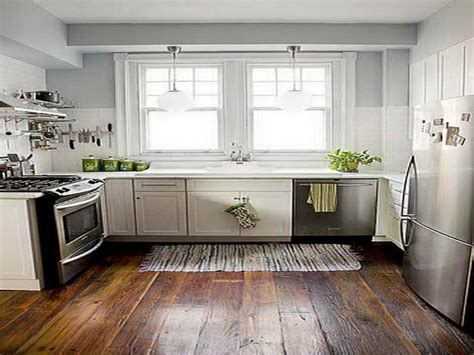 Best Color For A Kitchen With White Cabinets Best Wood Floor For Kitchen Kitchen Paint Color Ideas Kitchen Color Ideas White Cabinets With