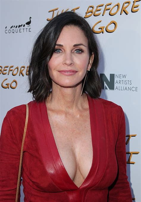 latest on courtney cox march 2015 photos courtney cox pics of the friends actress