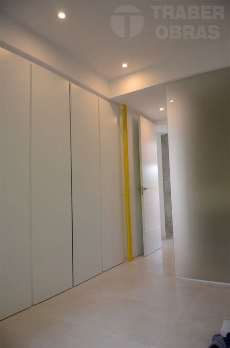 dormitorios con armarios empotrados cool armario lacado - Dormitorios Con Armarios Empotrados