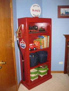 Dresser And Gas by Lightning Mcqueen Race Car Bed And A Toolbox Dresser W Tire Mirror Cars