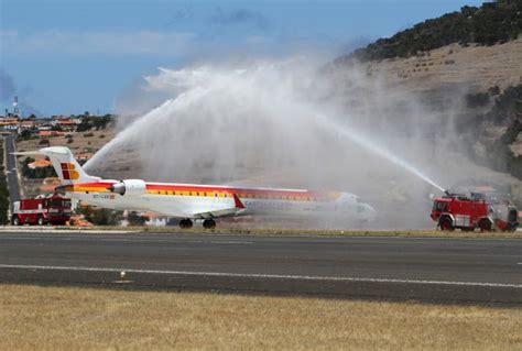 flight to porto air nostrum adds two flights to porto santo routesonline