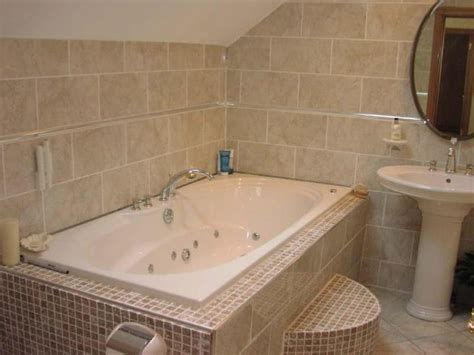 Bathroom With Mosaic Tiles Ideas White And Beige Bathrooms Bathroom With Mosaic Tile Ideas Bathroom Tiles For Bathrooms