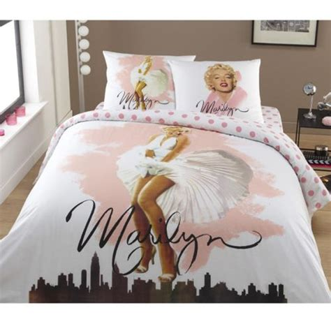 marilyn monroe bedroom stuff 40 best images about marilyn