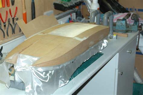 polyester boot bekleden bouwverslag eerste speedboot cat pagina 4