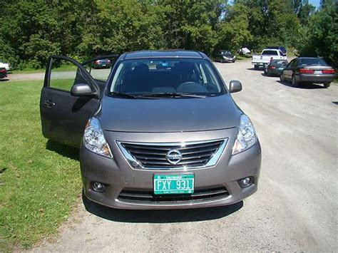 buy new 2013 nissan versa sl sedan excellent no reserve 40