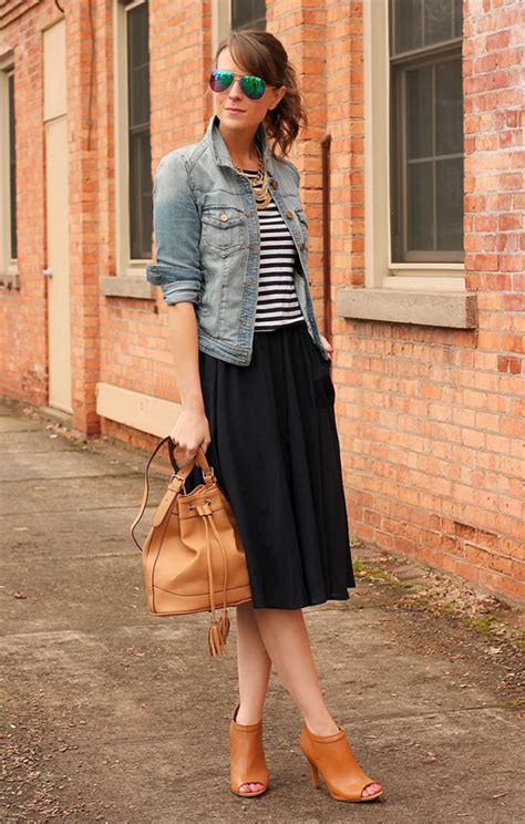 how to wear midi skirts this summer 2018 fashiongum