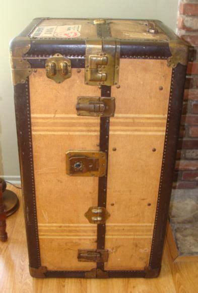 Antique Hartmann Wardrobe Steamer Trunk by 1920 S Hartmann Steamer Wardrobe Trunk Trunks Luggage