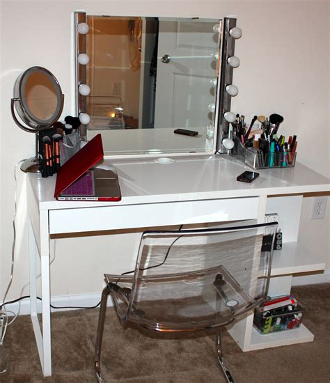 Diy Makeup Desk Lekialptbeauty Weekend Project Diy Vanity Desk