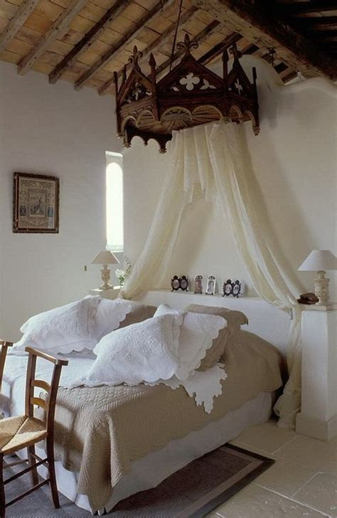 Romantic And Beautiful Provence Bedroom Decor Ideas Digsdigs Provence Bedroom Furniture