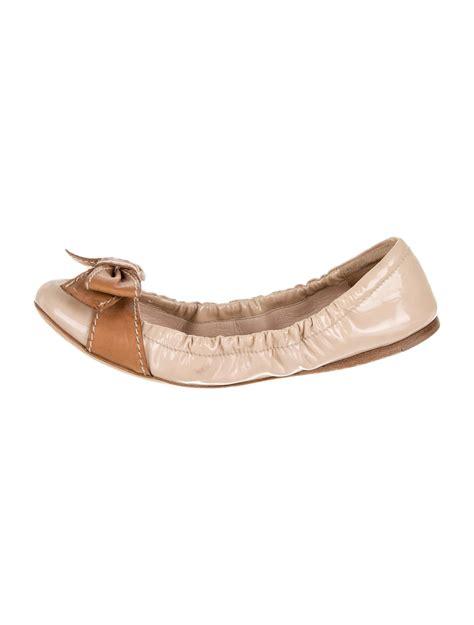 prada flat shoes prada flats shoes pra57296 the realreal