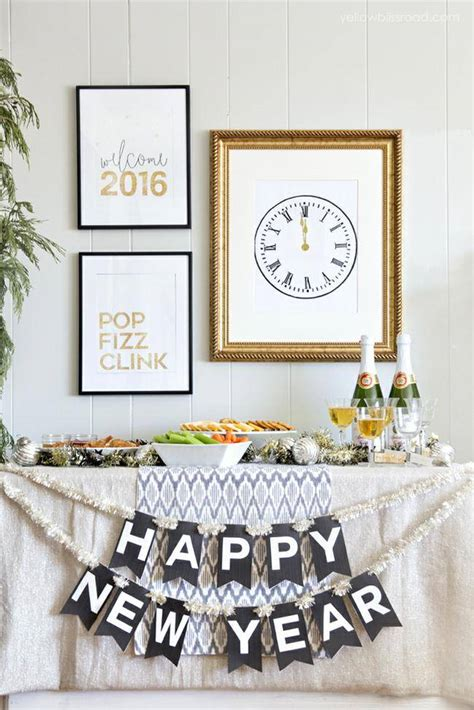 new year decorations to print 20 easy new year ideas tip junkie