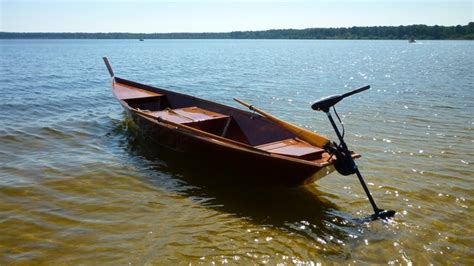 build your own electric boat motor boat trip on the lacanau lake to try the electric motor of