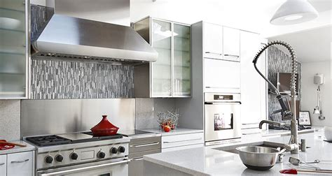 white kitchen cabinets backsplash the best kitchen backsplash ideas for white cabinets