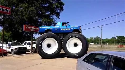 bigfoot 5 monster truck bigfoot 5 startup drive off tallest truck in the