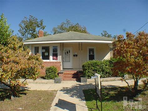 houses for sale in wilmington nc 713 s 11th st wilmington north carolina 28401 foreclosed home information
