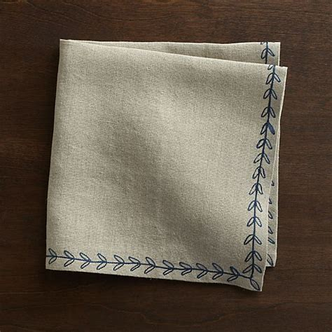 crate and barrel napkins 25 best ideas about linen napkins on pinterest napkins