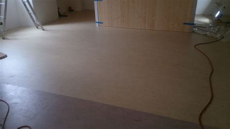 tappeti in linoleum posa di pavimenti in linoleum arte pavimenti