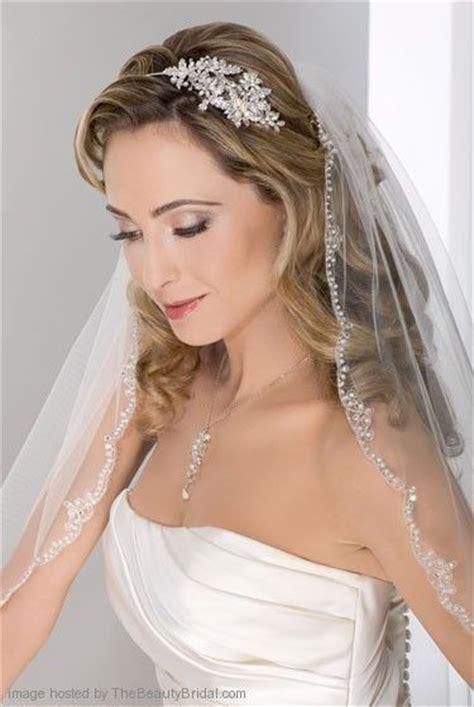 1000 ideas about wedding hairstyles veil on wedding hair with veil wedding hair