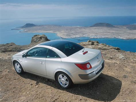 megane renault convertible renault megane coupe cabriolet 2003 2009 buying guide