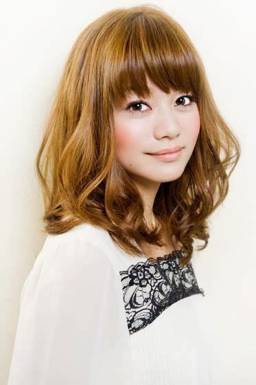 korean perm hairstyle for women shoulder length bangs and shoulder length hair on pinterest