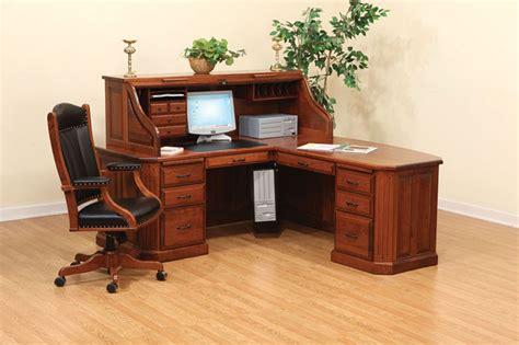 Corner Roll Top Desk Fifth Avenue Executive Corner Desk Ohio Hardwood Furniture