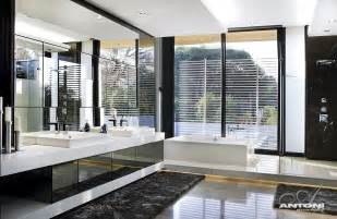 Luxury Modern Bathroom Ideas World Of Architecture 10 Inspiring Modern And Luxury