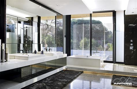 Luxury Modern Bathroom World Of Architecture 10 Inspiring Modern And Luxury Bathrooms